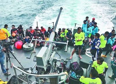 泰国总理巴育7月6日发表声明,对在普吉岛沉船事故中的遇难者表示哀悼