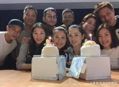 45岁刘恺威近照曝光,苍老憔悴认不出!
