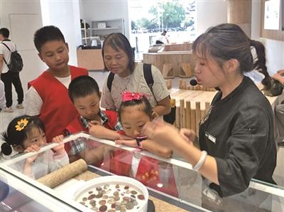 雨花石艺术馆感受雨花韵的魅力
