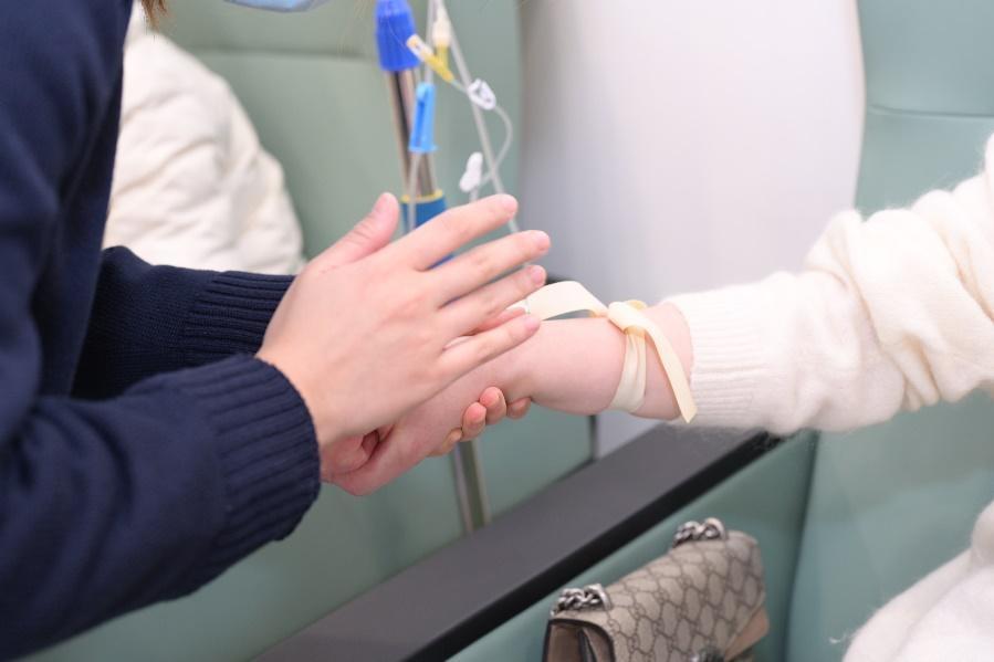 健康   低烧三个月确诊红斑狼疮,不明原因发热、皮疹、口腔溃疡、骨关节痛等要警惕