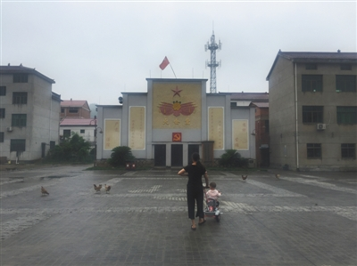 金华市武义县下埠口村,何巧女捐资整修的大礼堂。新京报记者 朱�h怡 摄