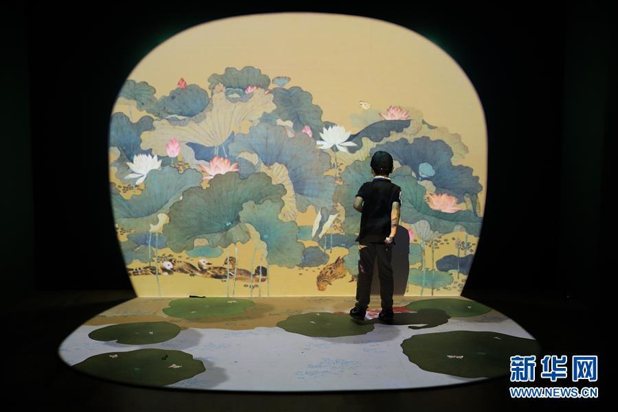 8部春节档电影被盗版案告破 抓获犯罪嫌疑人251人