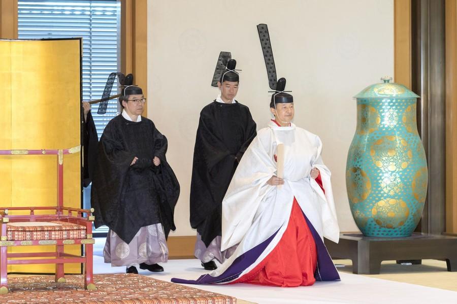 日本天皇即位礼 安倍将4天见50位政要