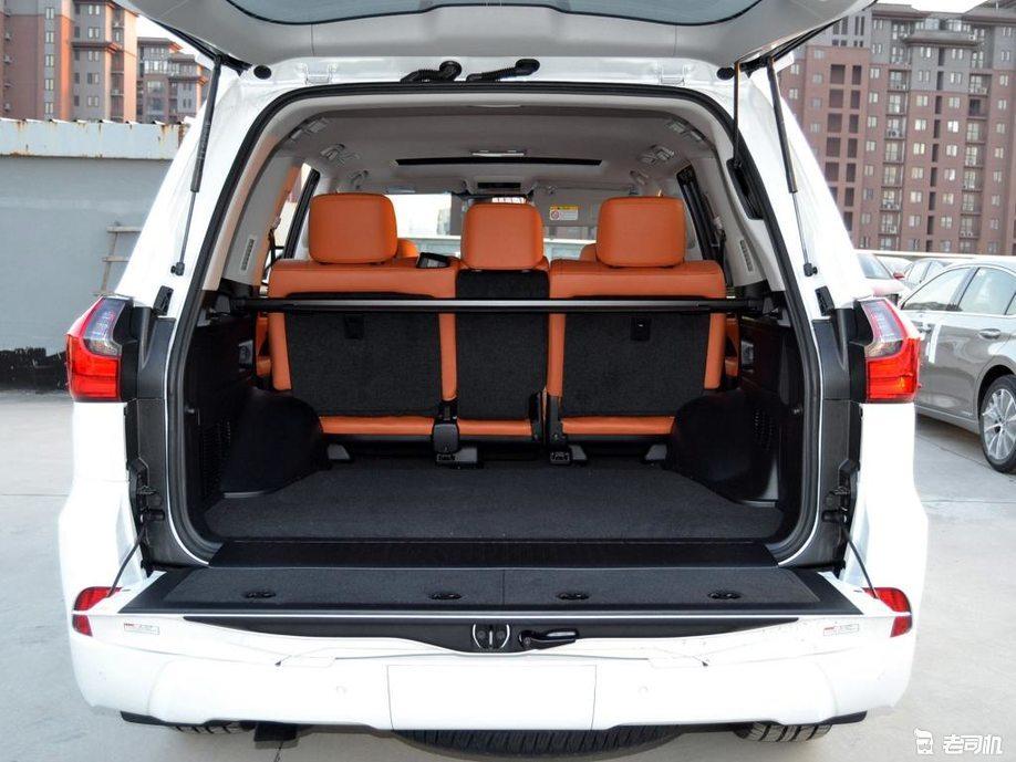 「到店实拍」雷克萨斯的加价之王 论气势和豪华同门SUV都是弟弟