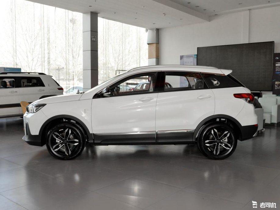 进一步降低入门版价格 绅宝智行新车售5.99万