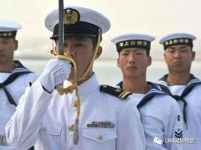 日本海上自卫队军人