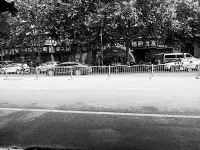 郑州惠济区发出噪音的商户。受访者供图