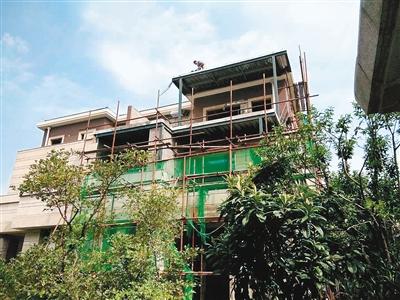 业主违法搭建的钢架结构房屋予以强制拆除