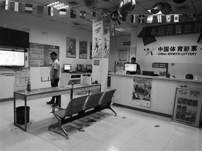扬州10765体彩旗舰店成功有秘诀 经营手段创新 引