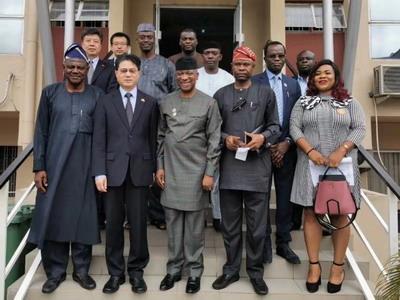 驻拉各斯总领事储茂明访问尼日利亚工商矿农协会联合会