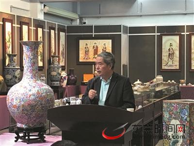 """景德镇瓷茶文化艺术展在横沥举行 陶瓷收藏大家教你""""鉴宝"""""""