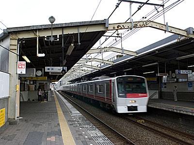 涉嫌将陌生女性推下电车站台 中国男子在日本被捕