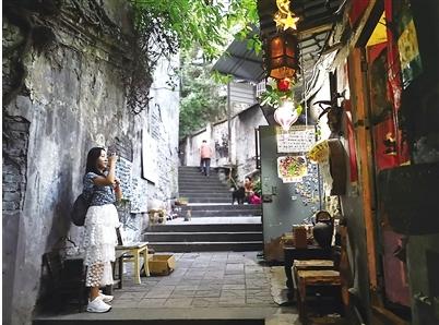 看重庆老巷子和老物件这两个展览节后不打烊