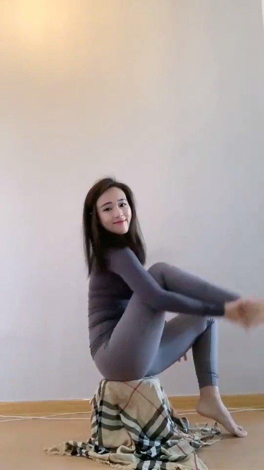 厉害了,舞蹈系女生