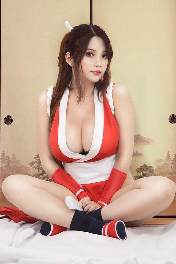 出暖花开性吧暴操亚裔美女_亚裔美女cosplay精选合集 《最终幻想》蒂法波涛汹涌