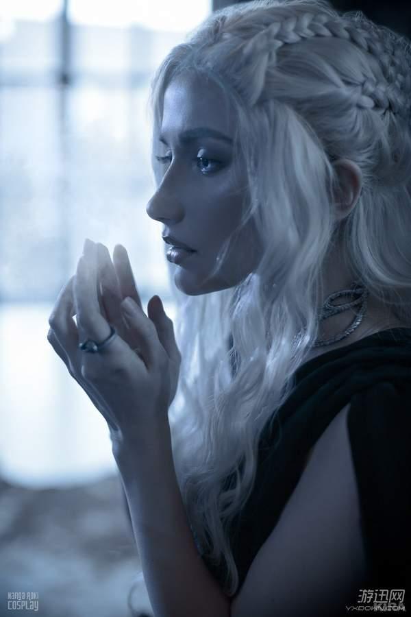 俄罗斯骚逼老熟女_近日,凭借cos《魔兽世界》泰兰德,吉安娜的俄罗斯美女coser narga
