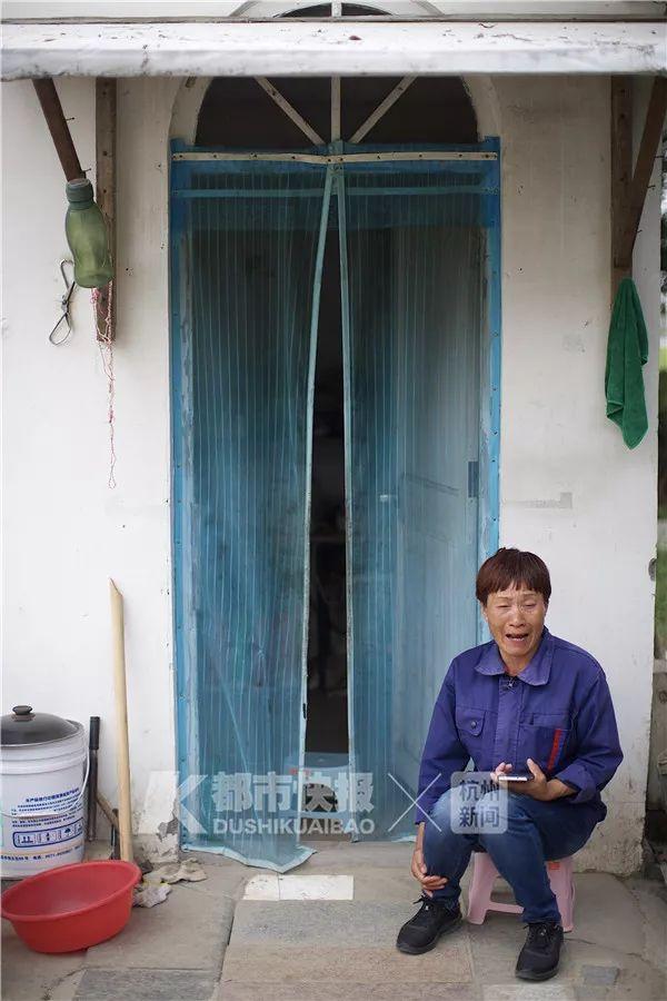 杭州这片抖音上抖红的花海糟践,痛心啊,你们的素养呢