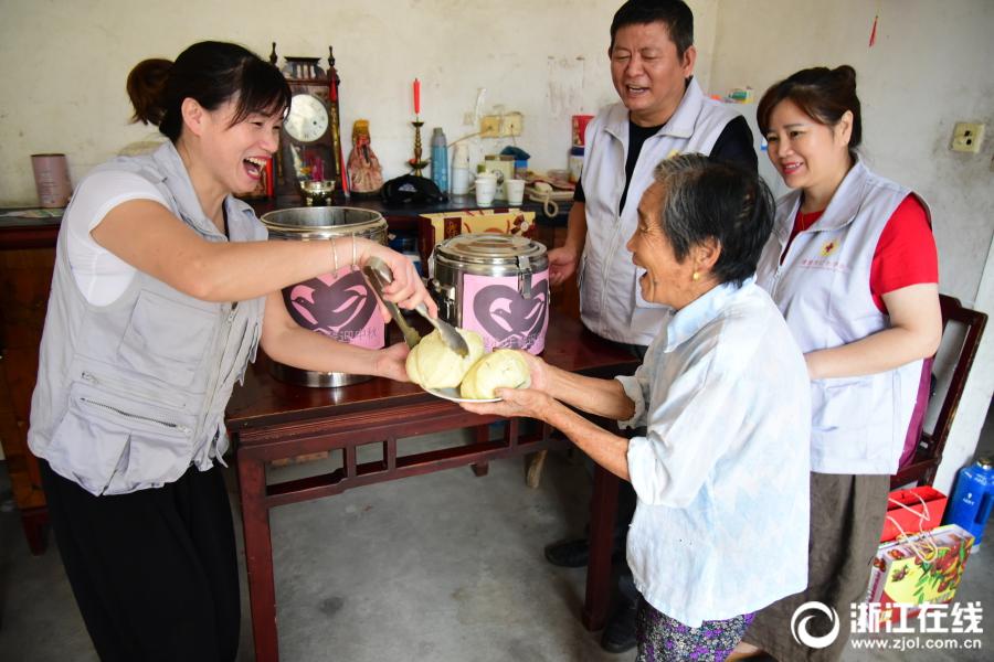 上海生活圈远离这4种手纹的人,家暴出轨几率大!|干货