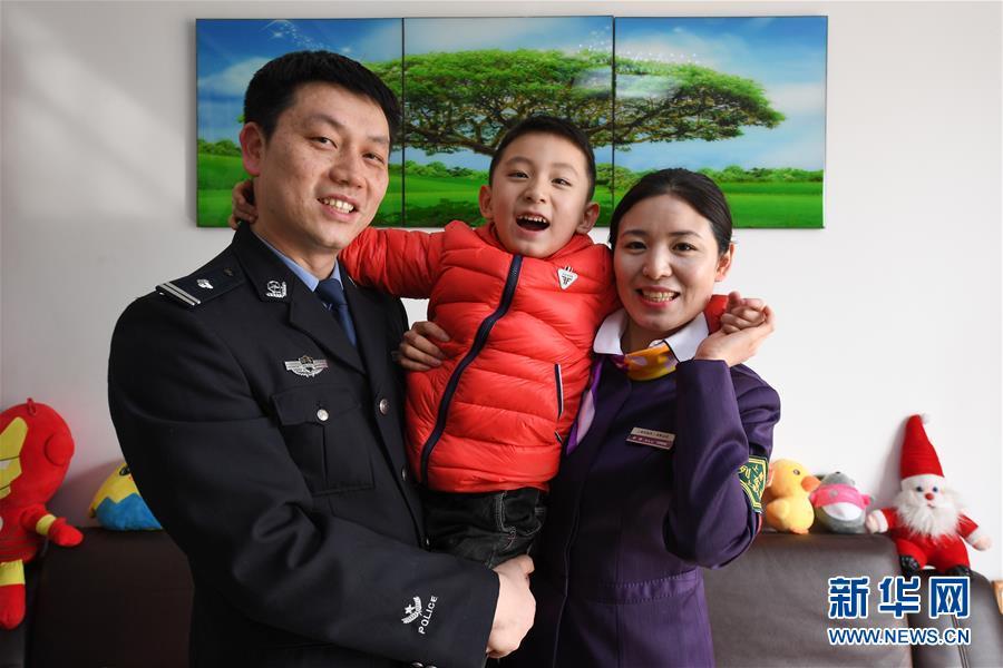 载有4806人邮轮驶向天津,船上有人发热,接下来…