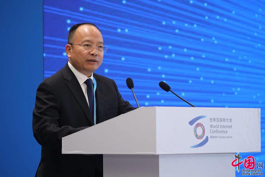 中国儿基会秘书长朱锡生:将网络素养纳入学校课程体系