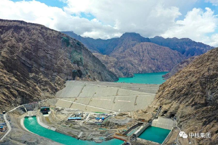 """中核集团""""新疆三峡""""工程大坝主体提前完工图片"""