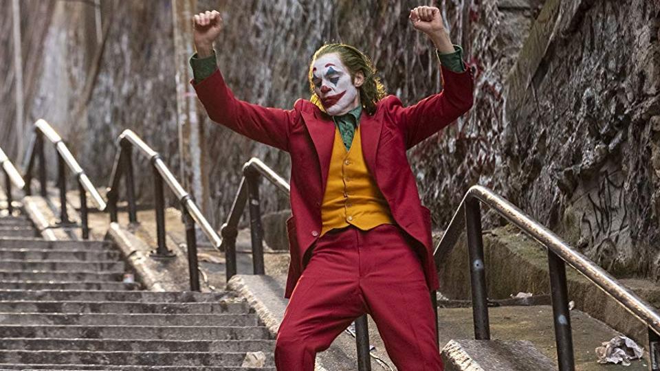 """《小丑》超《变相怪杰》成为影史""""最赚钱""""漫改电影"""