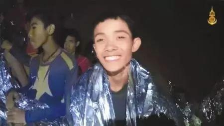 营救洞穴被困少年足球队,一名泰国海豹突击队员黄金梨网络推广方案缺氧死亡