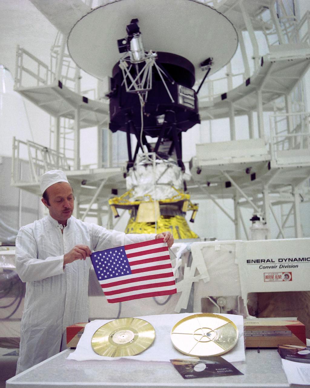 旅行者2号进入星际空间一周年,新发现揭秘星际空间边界