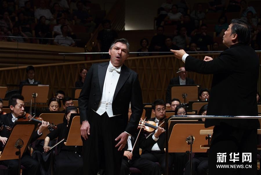 上海交响乐团2018-19音乐季开幕