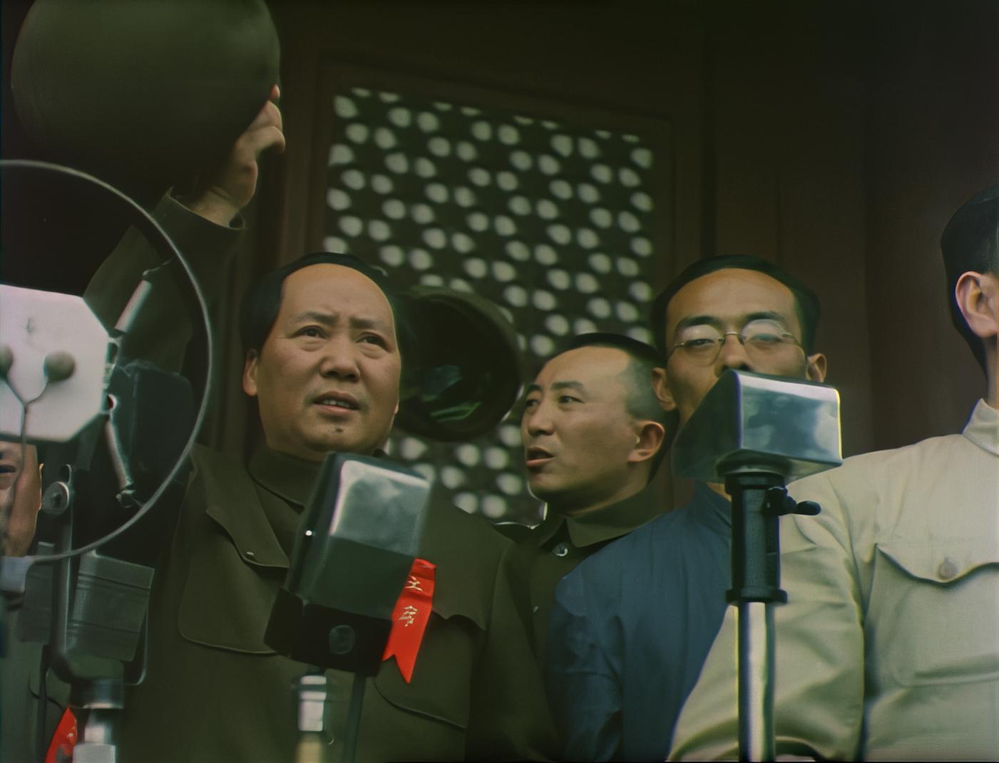 pc套件是什么意思 《决胜时刻》修复珍贵影像,高清彩色开国大典首现大银幕