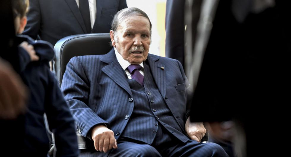 阿尔及利亚总统阿卜杜勒阿齐兹·布特弗利卡宣布辞职