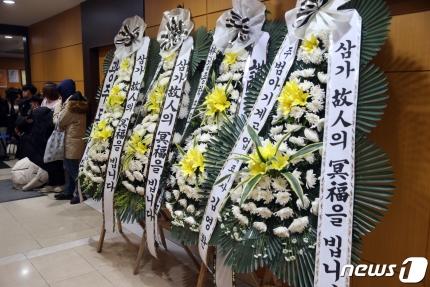 新奥博国际,若坚持训练癌症或复发,李宗伟发表退役感言