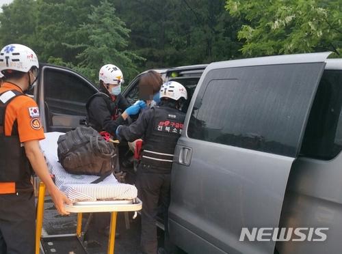 不是拍戏!韩国亲子综艺剧组出车祸 5人受伤(图)