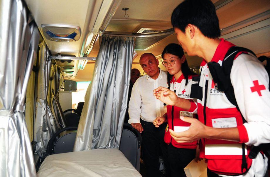 澳媒关注中国人热衷医疗旅行:200万女性到香港打疫苗