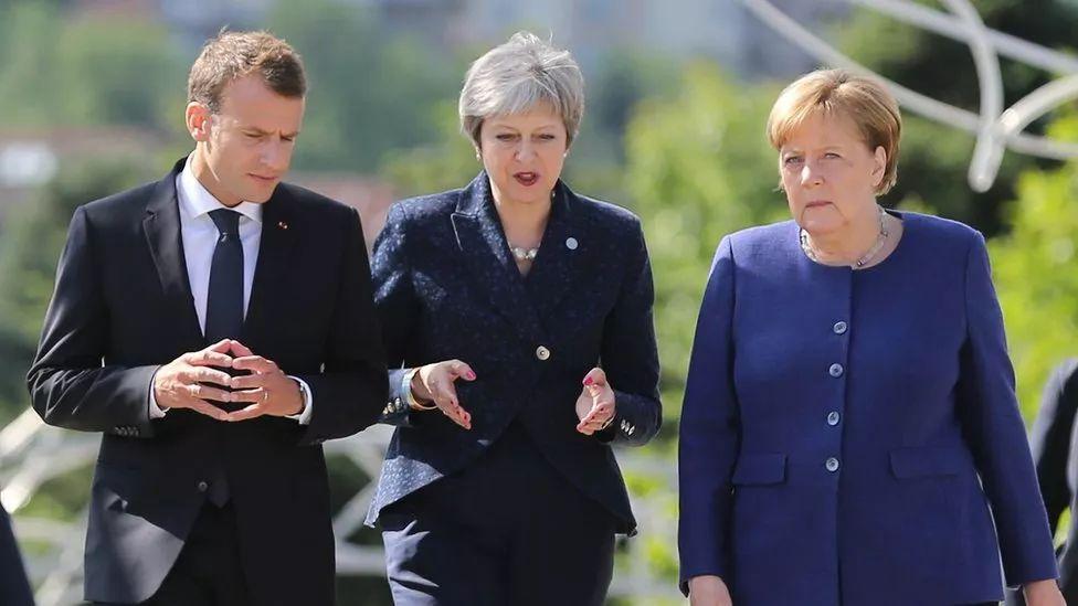 �@�滋欤�意大利��建立了一��充�M不�_定因素的民粹主�x新政府,西班牙首相拉霍伊因遭��劾意外出局,匈牙利和波�m�t背�x�W盟的�r值�^,朝著威�嘀髁x越走越�h。
