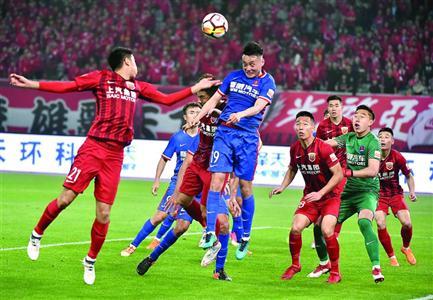 上港2-1逆转战胜重庆斯威 积12分继续领跑积分榜