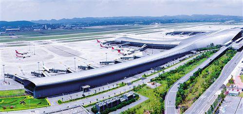 南宁机场旅客吞吐量持续增长,向建设承接国内、联通东盟的国际区域性航空枢纽的目标不断迈进(陈峰/摄)