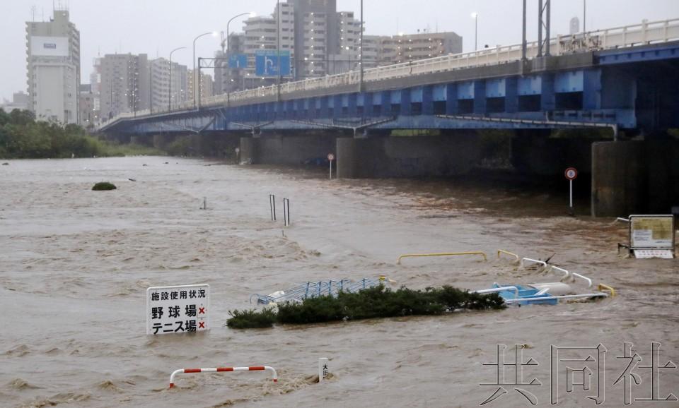 """强台风""""海贝思""""已致日本26人罹难。(图源:配合社)"""