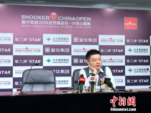 中国选手无缘本届比赛八强。中新网记者 王牧青 摄