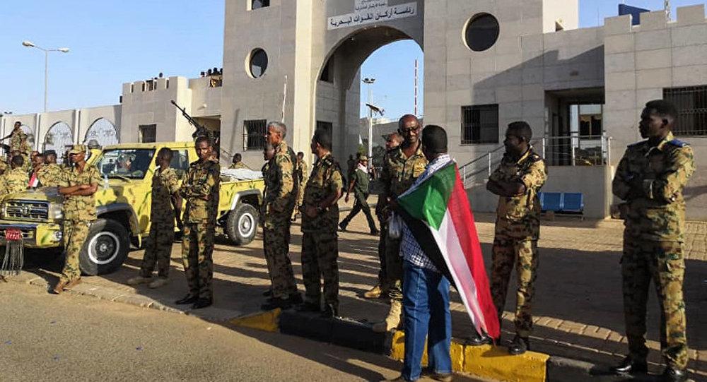 苏丹发生军事政变总统辞职 军队占领国家电视台