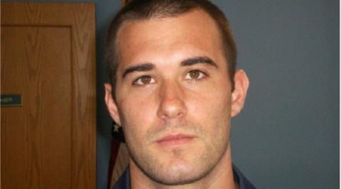 美国一名前警员枪杀逃亡黑人 被判无罪后再遭调查
