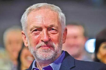 英首相称对叙空袭符合国家利益 被英国人骂翻了周戈楠