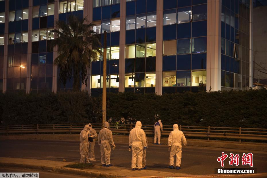 女子潜入隔离病区偷手机 广州一医院相关干部被问责