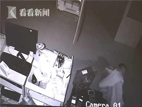小偷盗窃过程中犯困 在作案现场呼呼大睡三个小时