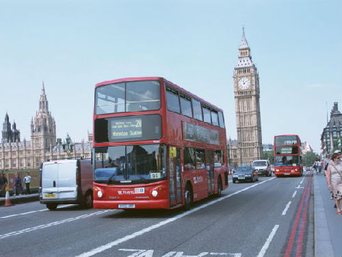 资料图片:英国街头。