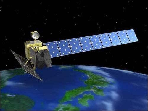 """资料图片:日本""""雷达4号""""电子侦察卫星。(图片来源于网络)"""