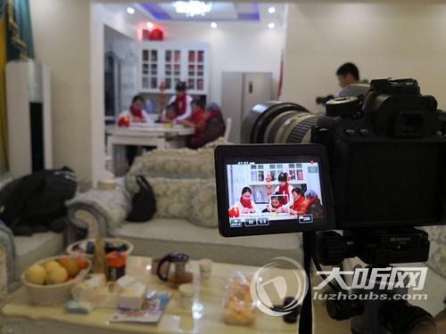 泸州中学生拍摄《我和我的祖国》MV向祖国深情表白