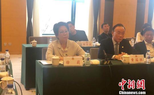 香港委员建议加密长春至香港直飞航线 推旅游双赢