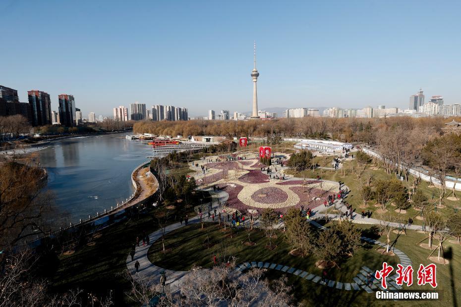 铸就新时代中国更大辉煌