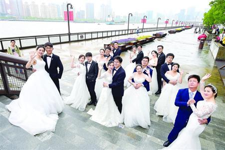 婚姻步道亮相杨浦滨江 收录精选30条婚姻物语